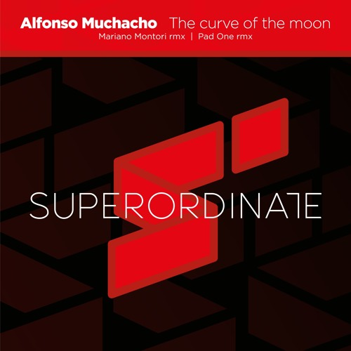 Alfonso Muchacho - The Curve of the Moon