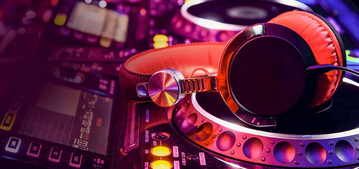 so you want to become a DJ